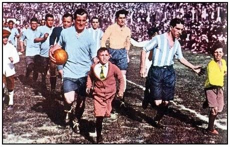 José Nasazzi finale de la coupe du monde 1930